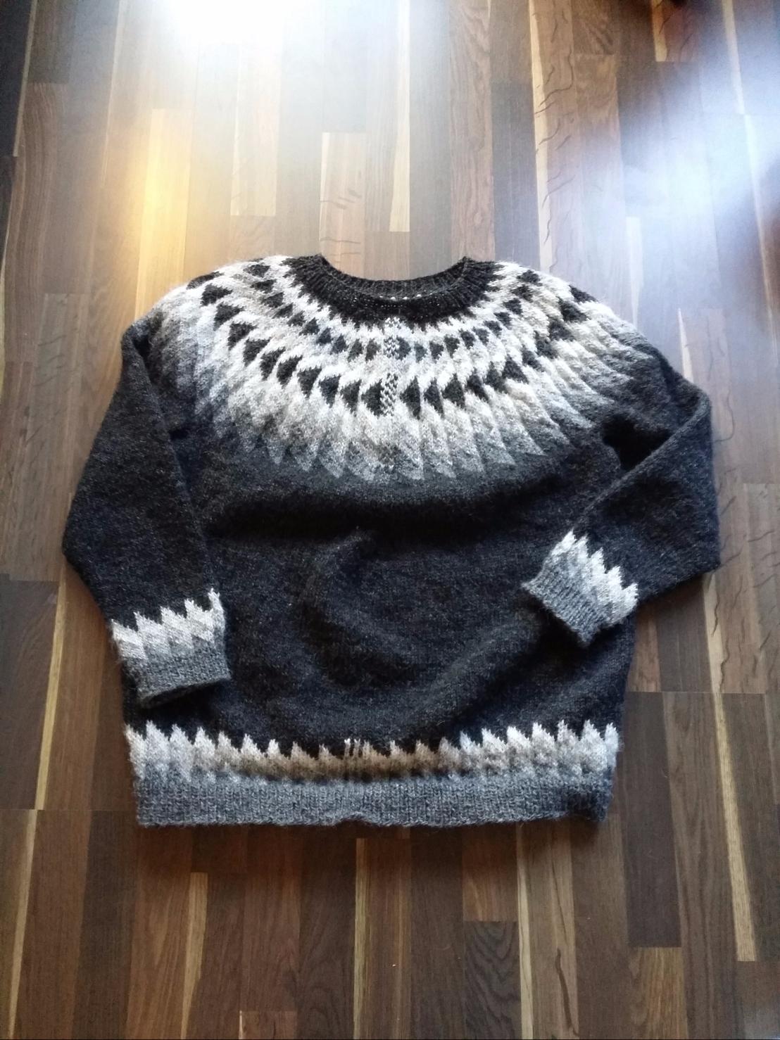 Fred's monochrome sweater (Jón 91149 by HuldaHákonardóttir)